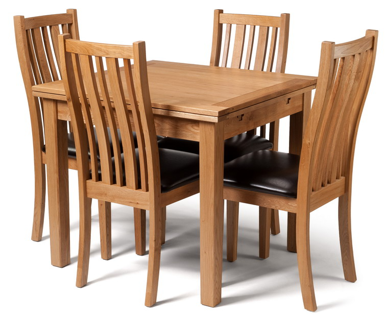 Waverly Oak Small Extending Table with 4 Oak Chairs