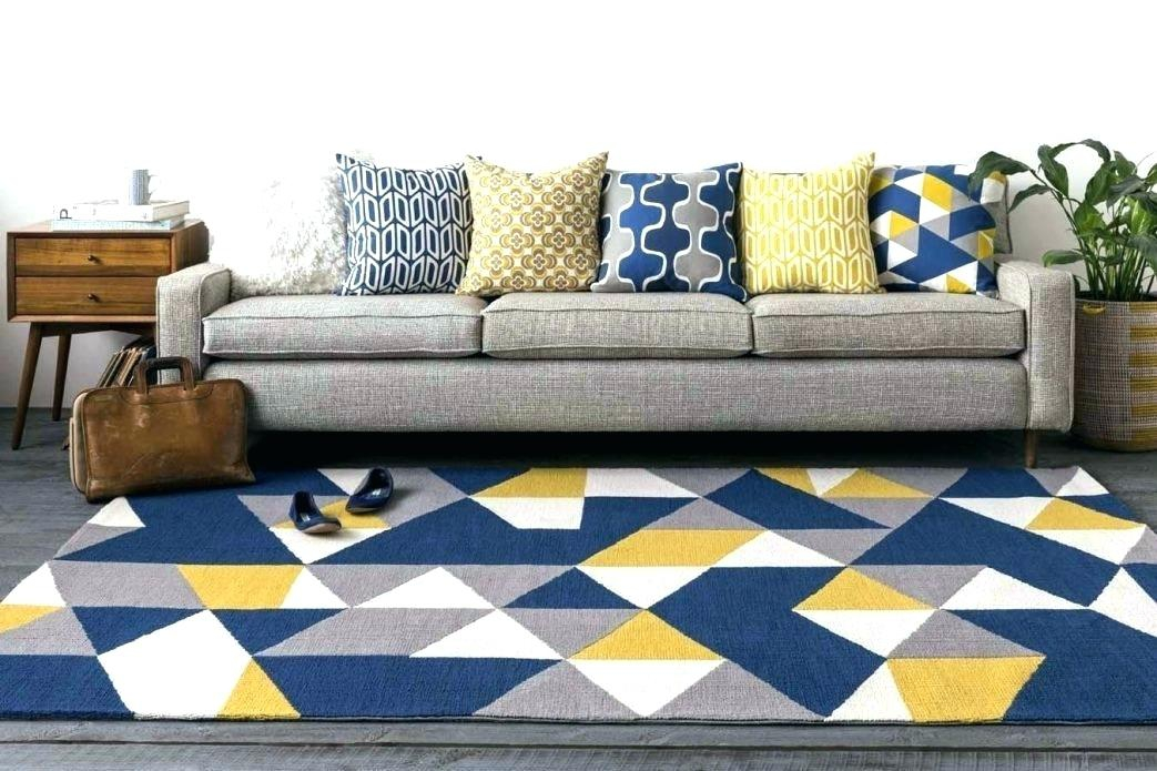 Navy and yellow Livingroom