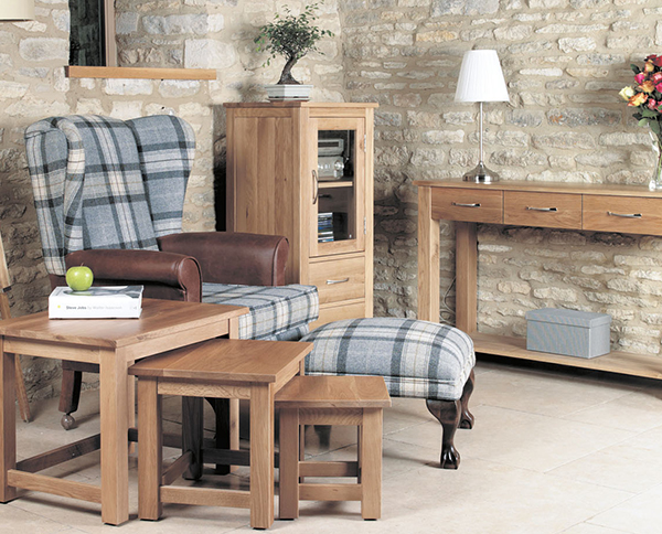 mobel solid oak console. Mobel Solid Oak Range Console